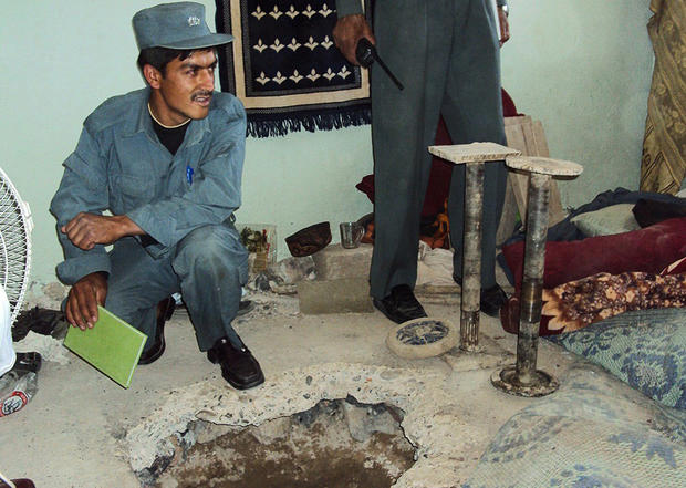 taliban-tunnel-gettyimages-113152450.jpg