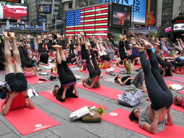 yoga-nyc-478001480.jpg