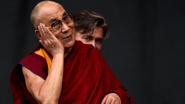 Dalai Lama celebrates 80th birthday with California summit - CBS News