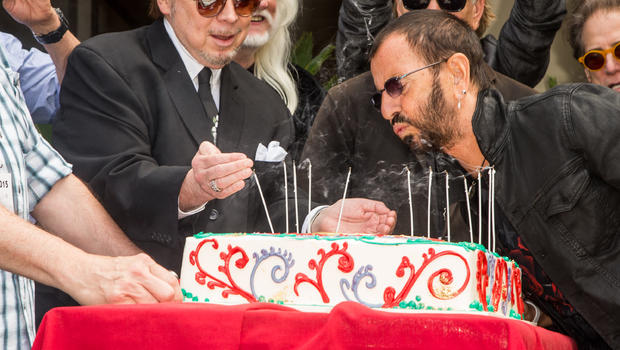 Ringo Starr Celebrates 75th Birthday With Peace And Love