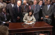 Gov. Nikki Haley signs bill to take down Confederate flag