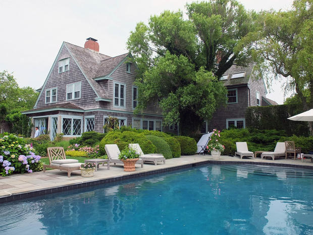 Inside Grey Gardens Cbs News