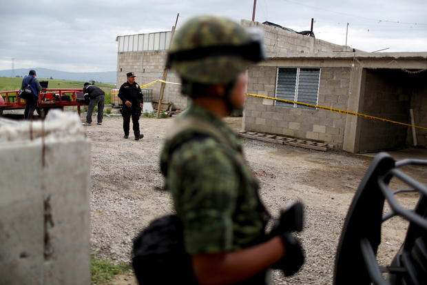 Mexican drug lord's brazen tunnel escape