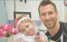 "Four-year-old fighting cancer ""marries"" her favorite nurse"