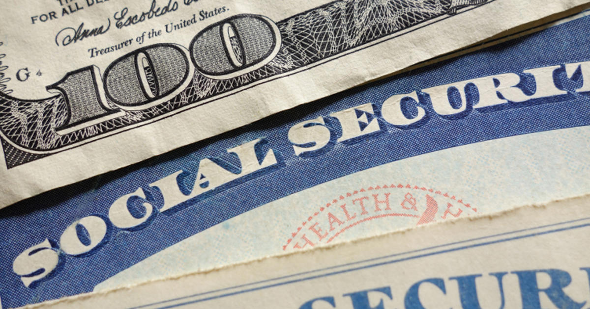 Why It Pays To Have A My Social Security Account Cbs News