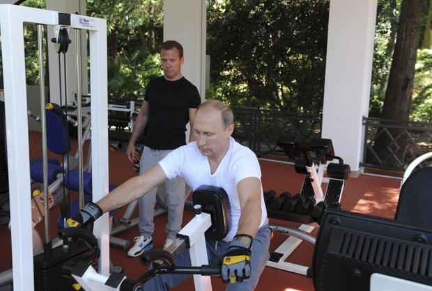 Putin doing manly things - Vladimir Putin doing manly things - Pictures -  CBS News