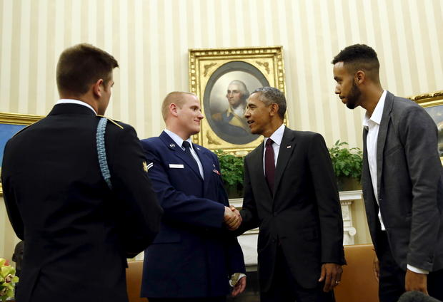 Obama thanks train attack heroes