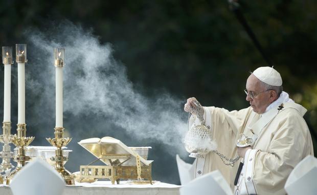 pope-serra.jpg