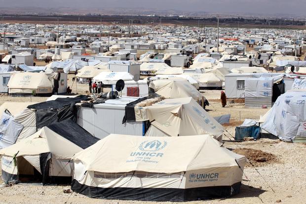 gettyimages-refugee-camp.jpg