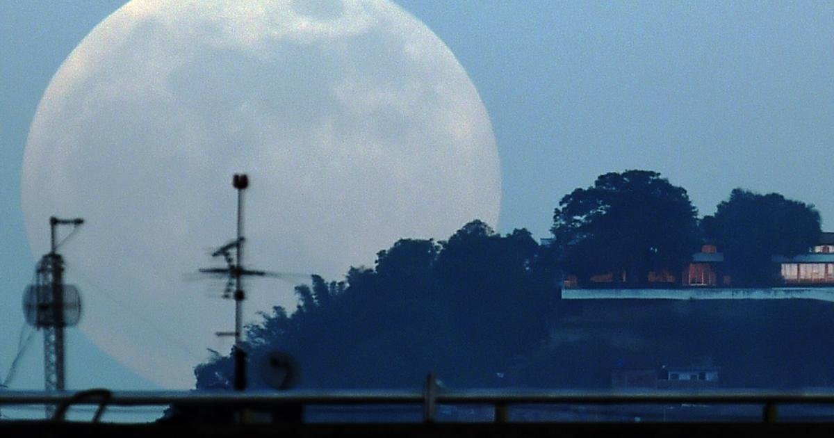 """""""Supermoon"""" in November will be closest in decades"""