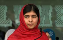 Malala opens library in England