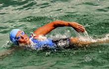 """Diana Nyad says Cuba-to-Fla. swim """"like hell on Earth"""""""