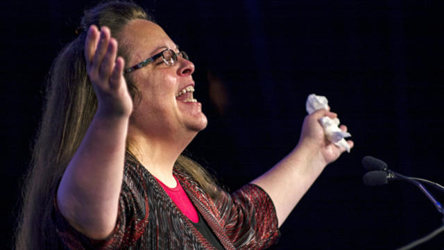 ​Kentucky's Rowan County Clerk Kim Davis, who was jailed for refusing to issue marriage licenses to same-sex couples, makes remarks after receiving the Cost of Discipleship award at a Family Research Council conference in Washington Sept. 25, 2015.