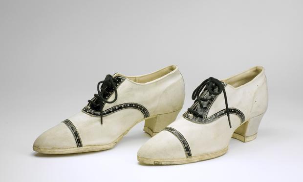 4-high-heeled-sneakers.jpg