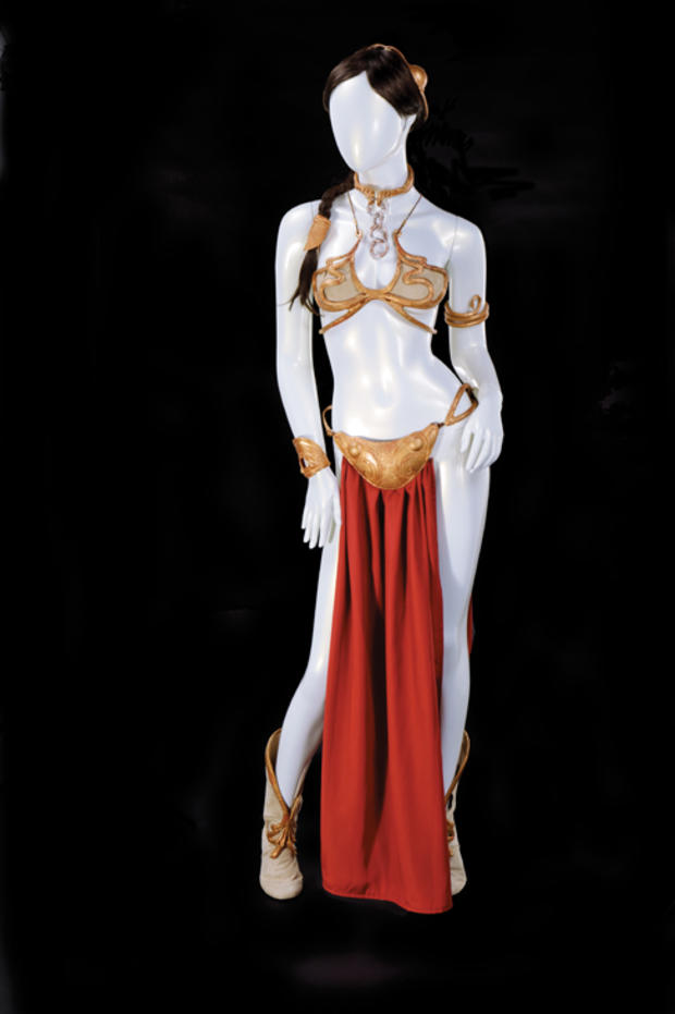carrie-fisher-slave-leia-costume-collection-from-return-of-the-jedi.jpg