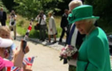 Impatient monarch? Queen hopes royal birth comes before her vacation