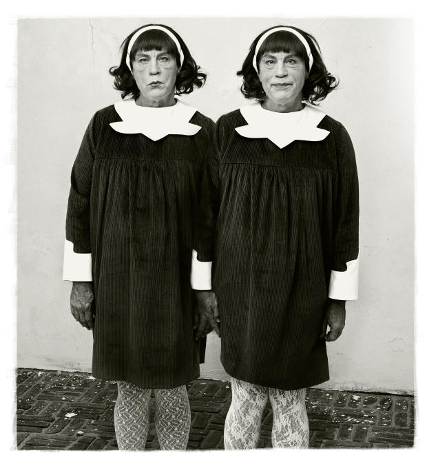 diane-arbus-identical-twins-roselle-new-jersey-1967-2014.jpg