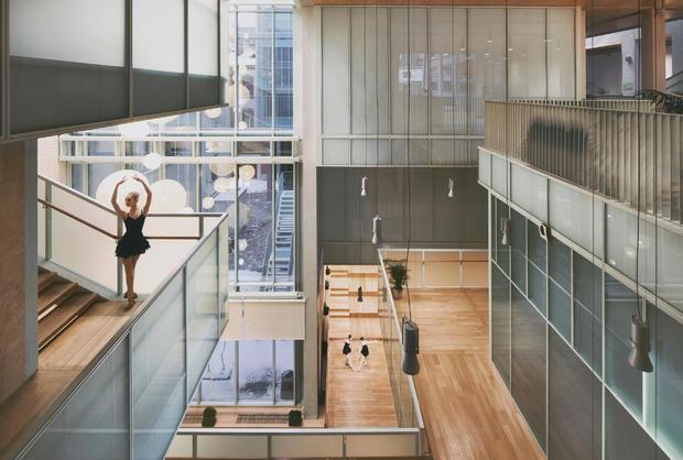 schools-ballet-school-in-st-petersburg-by-studio-44-architects.jpg
