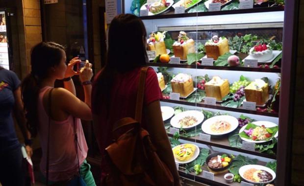 fake-food-display-15.jpg