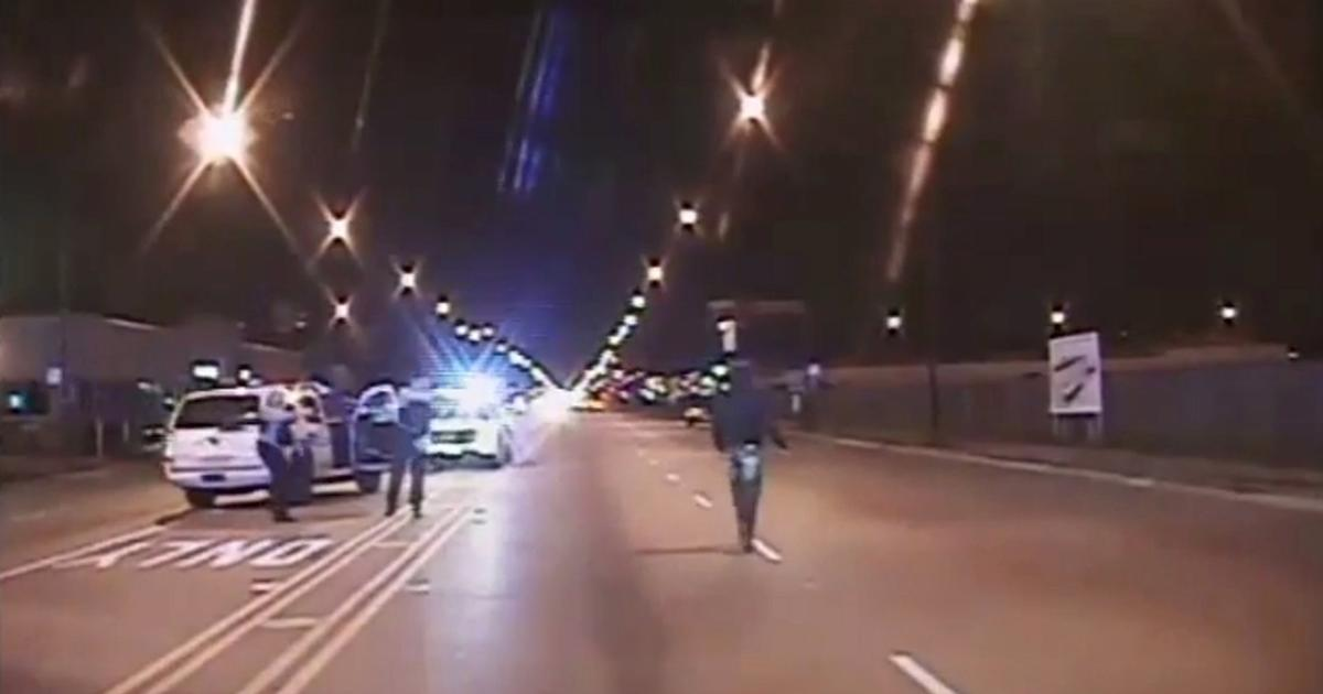 Laquan Mcdonald Shooting  4 Chicago Officers Suspended For