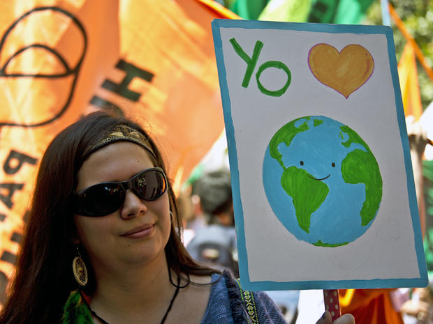 climate-protests-getty-499142812.jpg