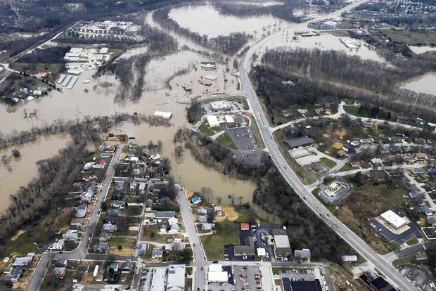 missouri2015-12-30t041920z883165057gf10000278411rtrmadp3usa-weather-missouri-flooding.jpg