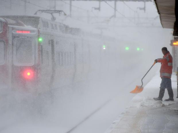 snow-storm-getty-506414848.jpg