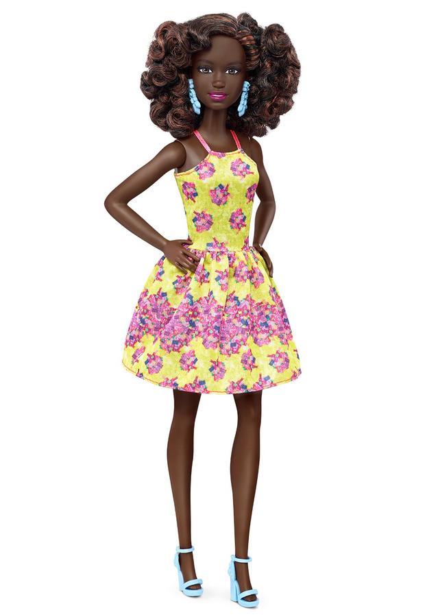20-barbie-orignial-dgy65c16035fulllengthtcm718-117904.jpg