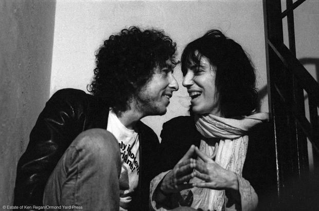 Bob Dylan & Patti Smith - Rare photos of Bob Dylan's epic Rolling