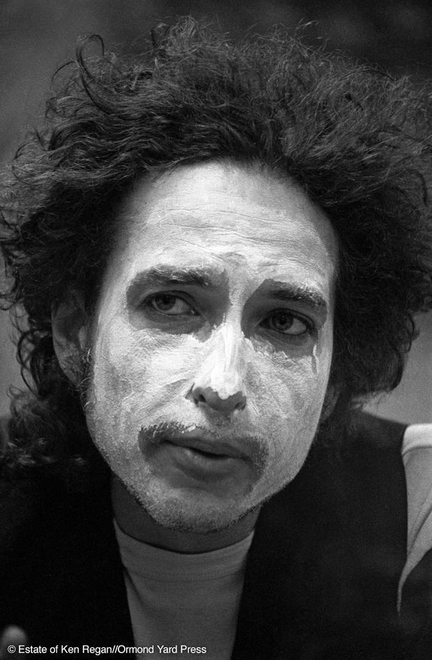 Bob Dylan19-whiteface-wm.jpg