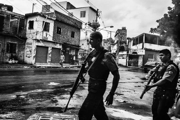 c-sebastian-liste-citizen-journalism-in-brazils-favelas-04.jpg
