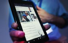 MoneyWatch: Obama hails U.S. economy; Amazon changing Fire tablet encryption