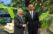 Obama visits Cuba, Castro takes questions