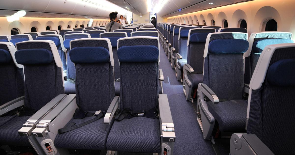 Senate Refuses To Stop Airlines From Shrinking Seats Cbs