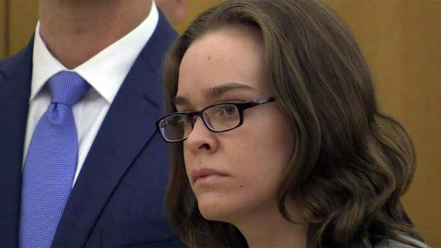 Lacey Spears awaiting her sentence from the judge