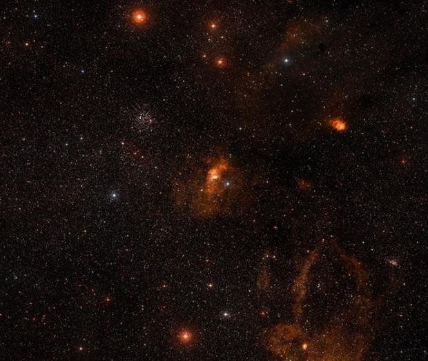 hubble-bubble-nebula-wide-field-view.jpg