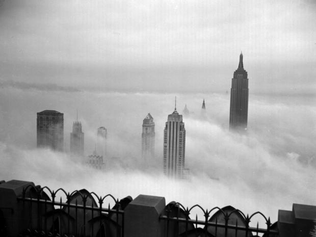 empire-state-building-fog-ap430818010.jpg