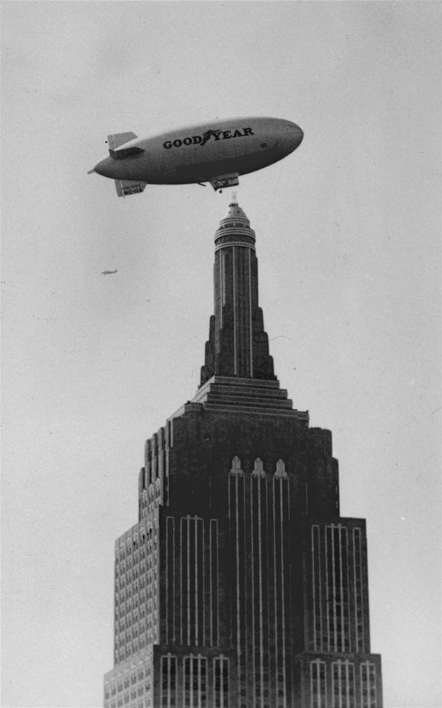 empire-state-building-dirigible-ap310930026.jpg