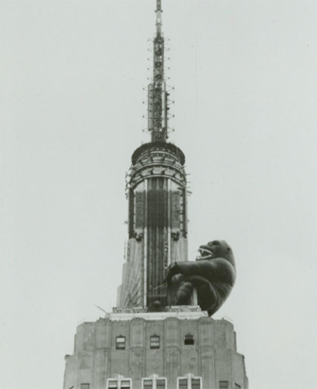 empire-state-building-nypl-02-king-kong-tribute.jpg