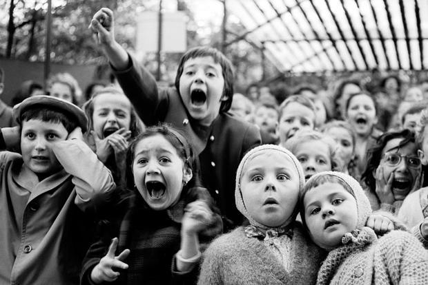 calfred-eisenstaedt-children-at-a-puppet-theatre.jpg