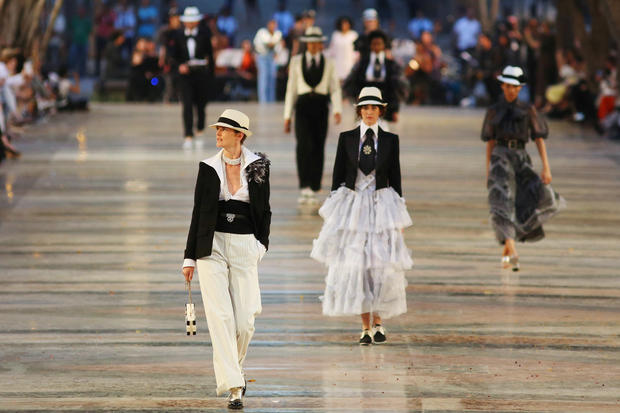 Chanel show in the heart of Cuba