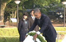 In Hiroshima, Obama calls for world without nuclear weapons