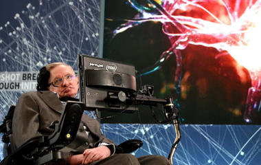 Stephen Hawking can understand the universe, but not Donald Trump
