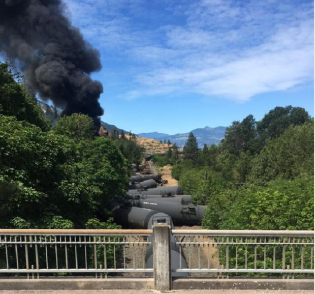 train-derailment-c-06032016-silas-bleakley.jpg
