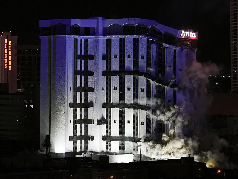 Implosion Levels Tower Of Las Vegas U0026 39  Riviera Casino