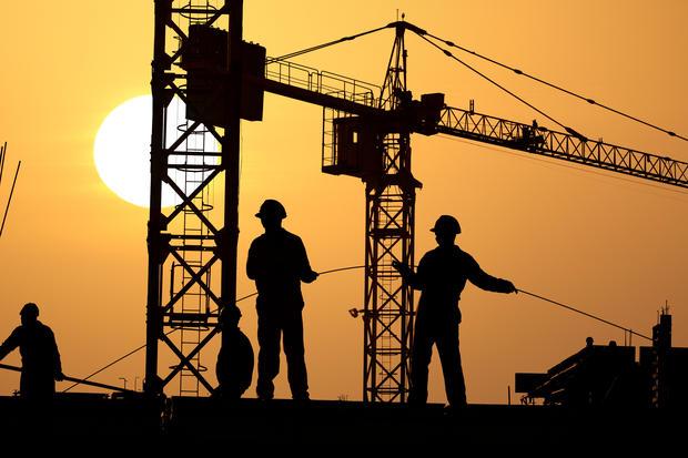 construction laborer 30890 americas 10 most dangerous jobs cbs news - Construction Laborer