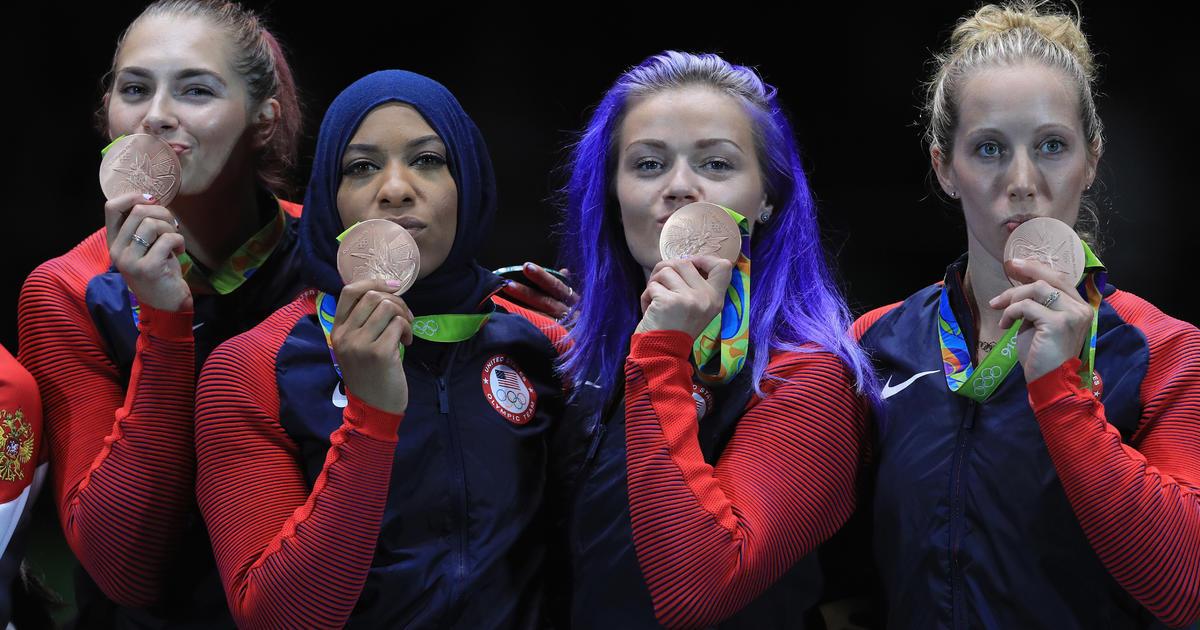 Rio Olympics 2016 Ibtihaj Muhammad U S Teammates Win