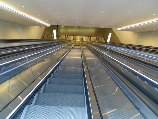 daniel-jones-escalators-to-west-concourse.jpg