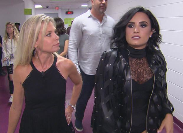 demi-lovato-backstage-with-tracy-smith-promo.jpg