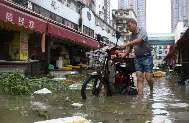 china-typhoon-meranti-605796754.jpg